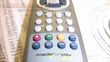 Made for You Model 4:1 Programmierbare inteligente Fernbedienung